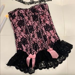 Fredericks of Hollywood Pink & black lace bustier